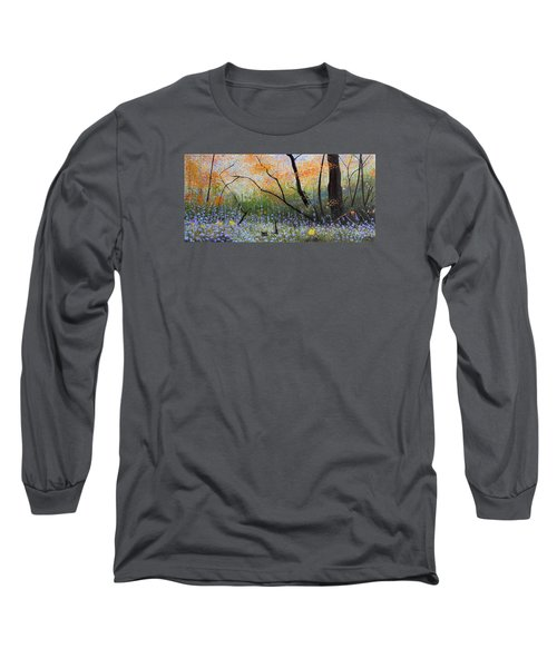 Belleza Por Cenizas Long Sleeve T-Shirt by Angel Ortiz