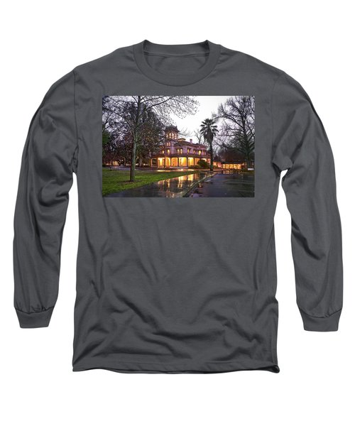 Bidwell Mansion In The Rain  Long Sleeve T-Shirt