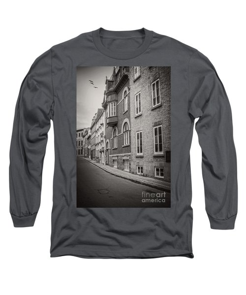 Black And White Old Style Photo Of Old Quebec City Long Sleeve T-Shirt