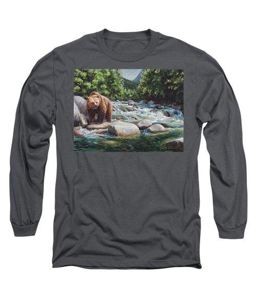 Brown Bear And Salmon On The River - Alaskan Wildlife Landscape Long Sleeve T-Shirt