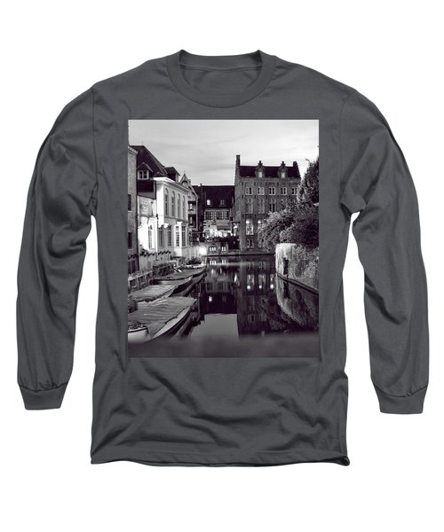 Bruges Canal In Black And White Long Sleeve T-Shirt