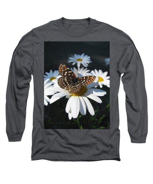 Butterfly And Shasta Daisy - My Spring Garden Long Sleeve T-Shirt