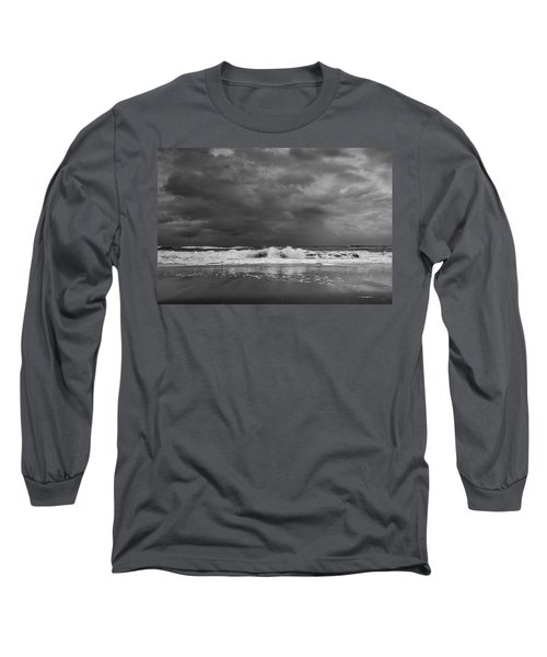 Bw Stormy Seascape Long Sleeve T-Shirt