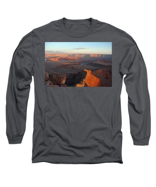 Long Sleeve T-Shirt featuring the photograph Canyonlands Np Dead Horse Point 21 by Jeff Brunton