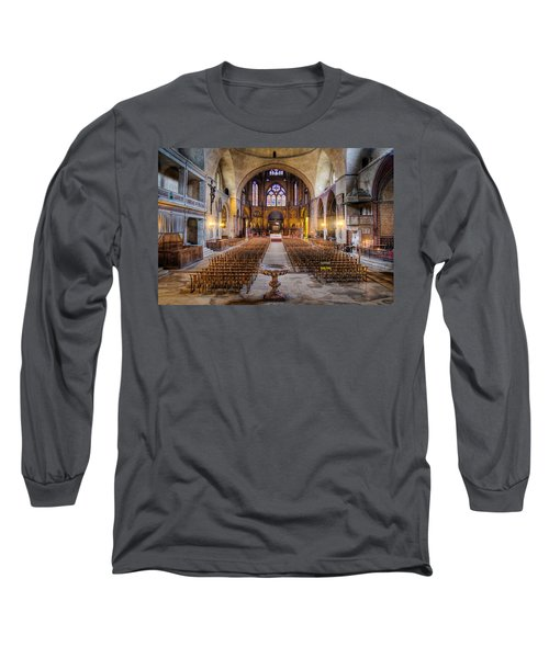 Cathedrale Saint-etienne Interior / Cahors Long Sleeve T-Shirt