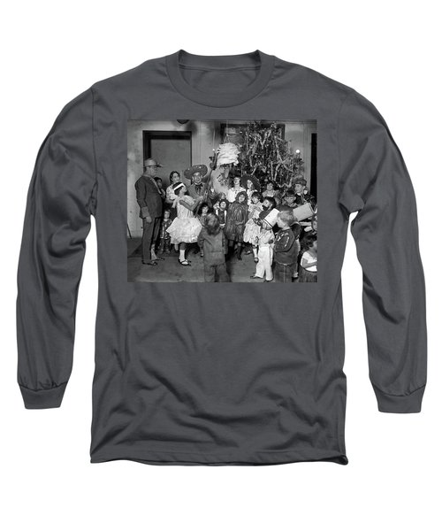 Christmas, 1925 Long Sleeve T-Shirt by Granger