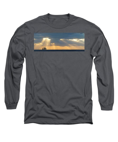 Clipper On The Ocean Long Sleeve T-Shirt
