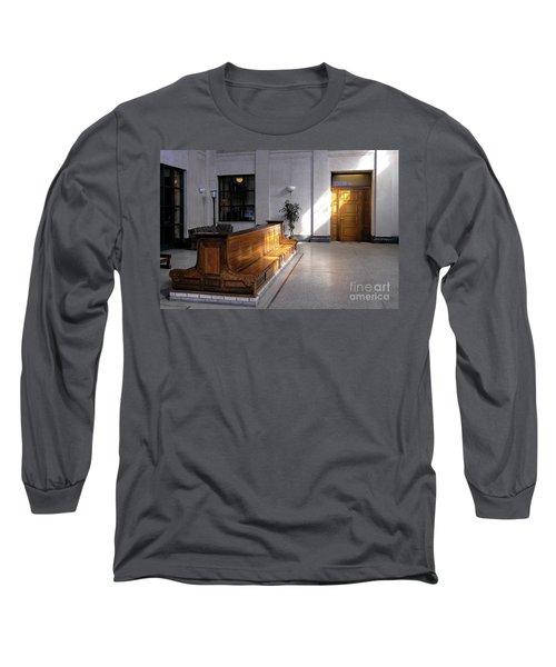 Closed Railroad Station - Johnstown Pa Long Sleeve T-Shirt