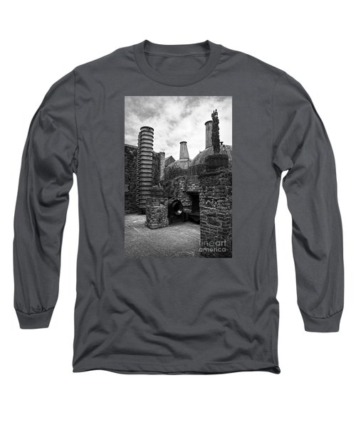 Copper Pot Stills And Column Still At Lockes Distillery Bw Long Sleeve T-Shirt