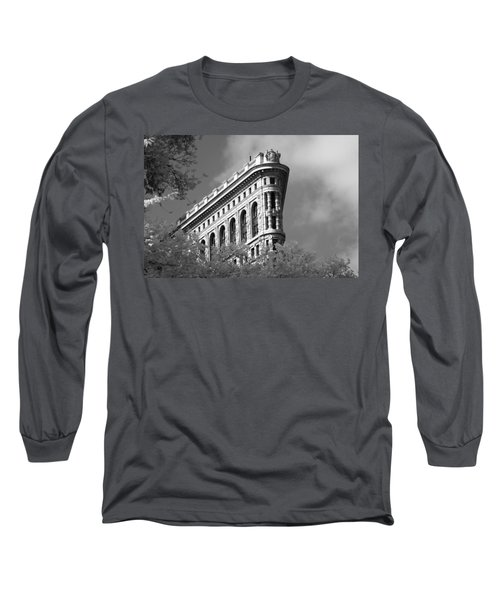 New York City - Flat Iron Prow Long Sleeve T-Shirt