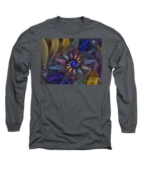 Flowery Fractal Composition With Stardust Long Sleeve T-Shirt