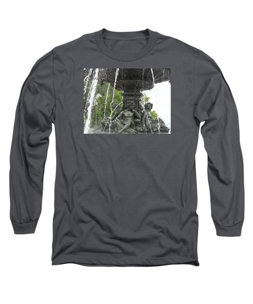 Fontaine De Tourny Long Sleeve T-Shirt
