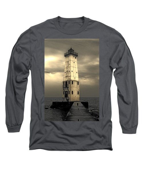 Frankfort North Breakwater Long Sleeve T-Shirt