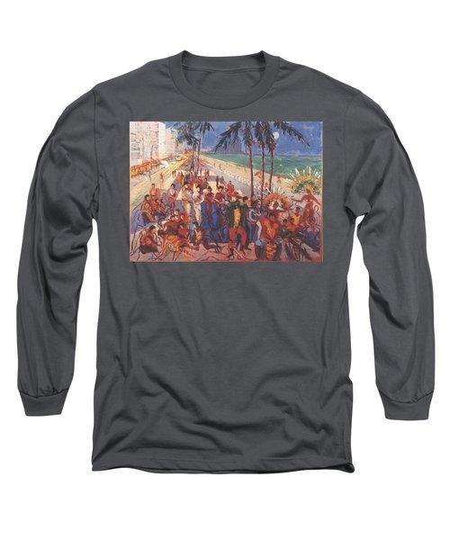 Happening Long Sleeve T-Shirt