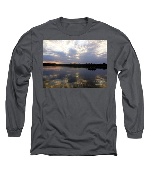 Heading Home On Lake Roosevelt In Outing Minnesota Long Sleeve T-Shirt