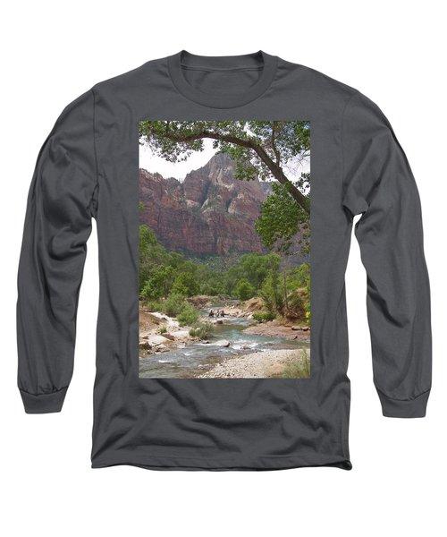 Iconic Western Scene Long Sleeve T-Shirt