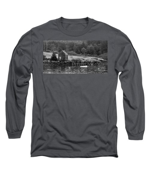 Island Shoreline In Black And White Long Sleeve T-Shirt