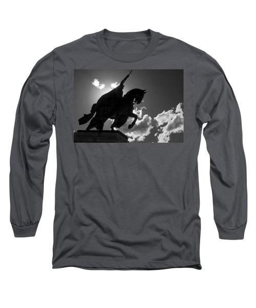King Horseback Statue Black White Long Sleeve T-Shirt