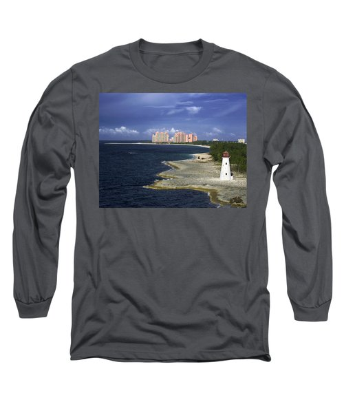Lighthouse On Colonial Beach With Atlantis Paradise Resort Bahamas Long Sleeve T-Shirt