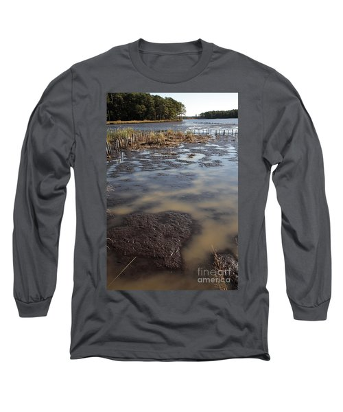 Low Tide At Blackwater Wildlife Refuge In Maryland Long Sleeve T-Shirt