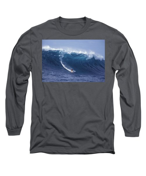 Man Vs Mountain Long Sleeve T-Shirt