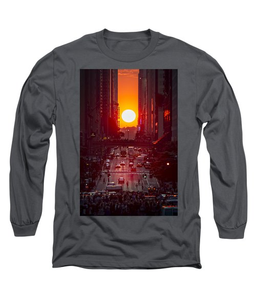 Manhattanhenge Long Sleeve T-Shirt