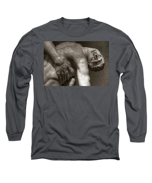 Menelaus Supporting The Body Of Patroclus Long Sleeve T-Shirt