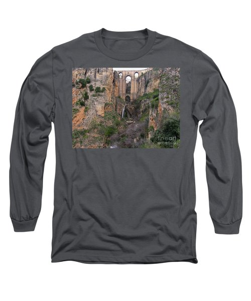 New Bridge V2 Long Sleeve T-Shirt