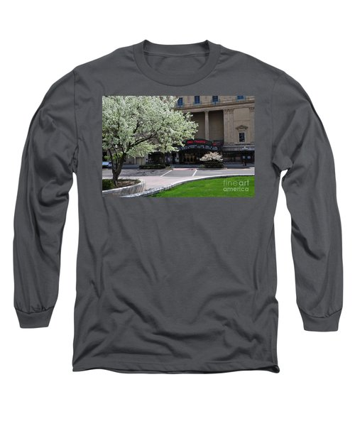 D45l42 Ohio Theatre Photo Long Sleeve T-Shirt