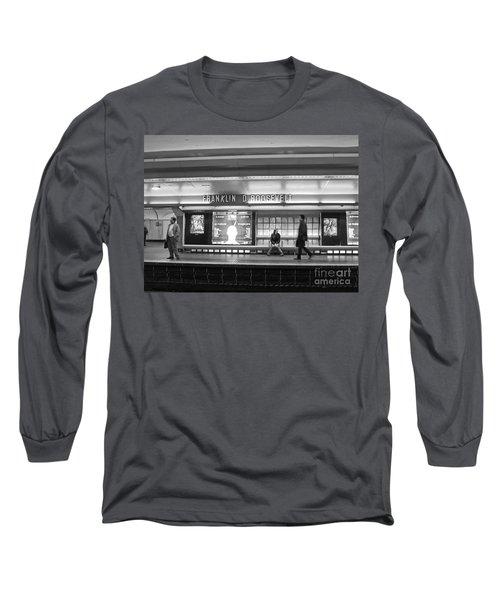 Paris Metro - Franklin Roosevelt Station Long Sleeve T-Shirt