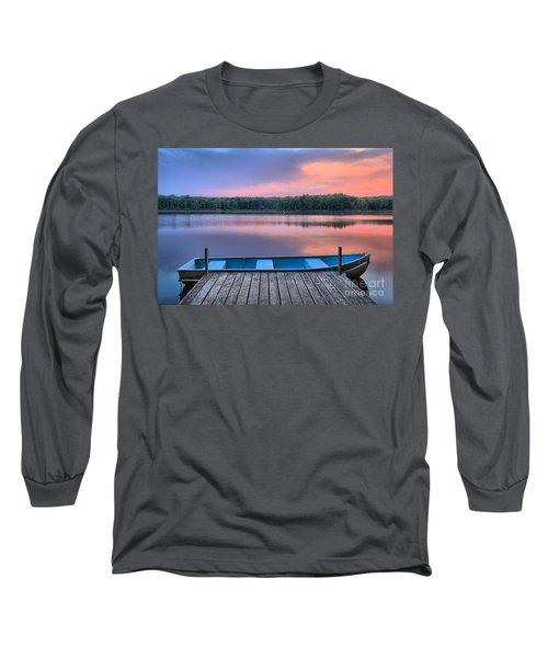 Poconos Lake Whitney Sunset Rowboat Long Sleeve T-Shirt