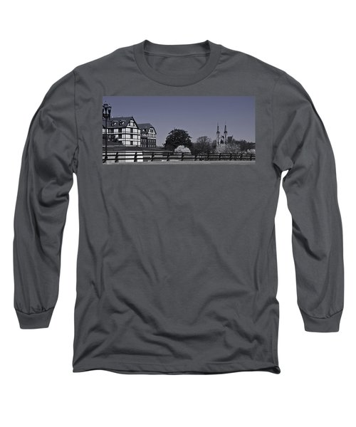 Roanoke Virginia Springtime Cityscape Bw Long Sleeve T-Shirt