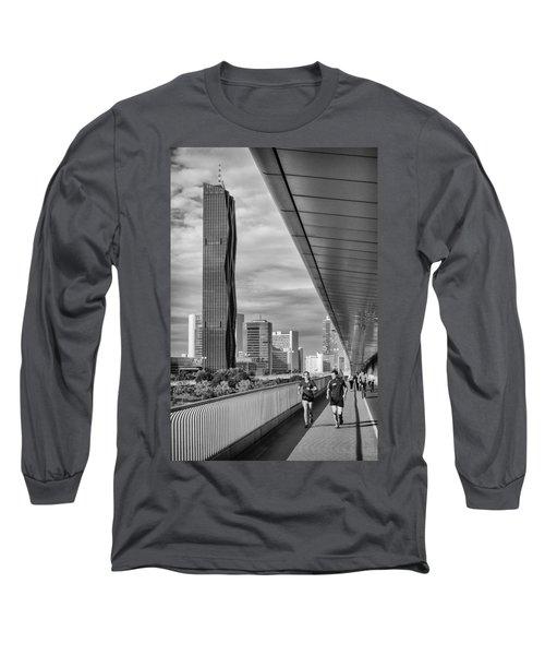 Run Across Viena Long Sleeve T-Shirt