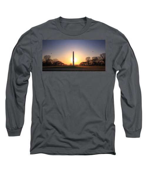 Setting Sun On Washington Monument Long Sleeve T-Shirt