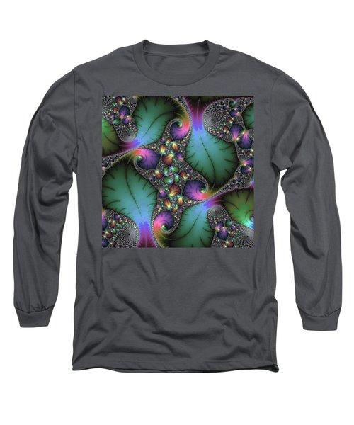 Stunning Mandelbrot Fractal Long Sleeve T-Shirt