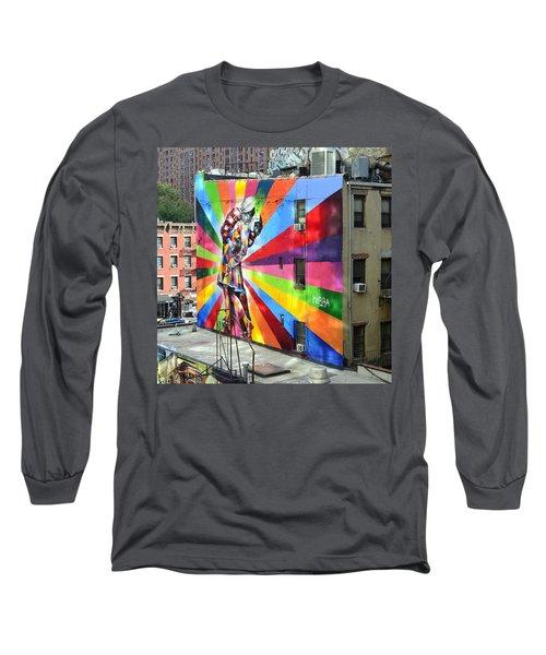 V - J Day Mural By Eduardo Kobra Long Sleeve T-Shirt by Allen Beatty