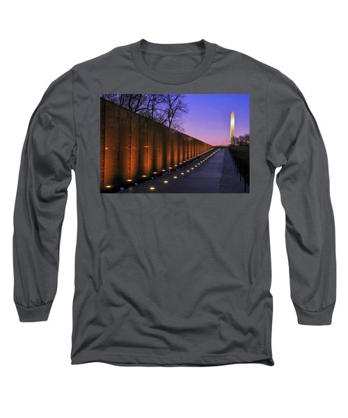 Vietnam Veterans Memorial At Sunset Long Sleeve T-Shirt