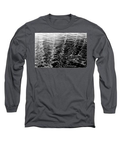 Wavy Long Sleeve T-Shirt