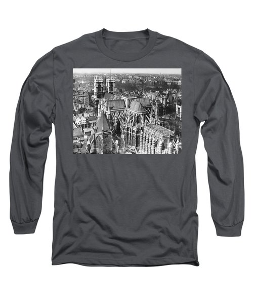 Westminster Abbey In London Long Sleeve T-Shirt by Underwood Archives