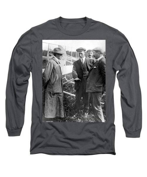 Long Sleeve T-Shirt featuring the photograph Wilbur Wright, 1908 by Science Source