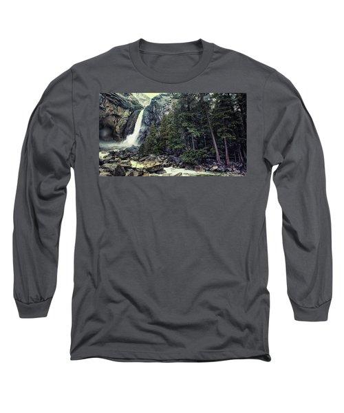Yosemite Falls In Yosemite Long Sleeve T-Shirt