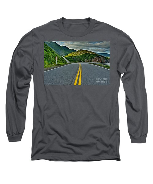 Cabot Trail Long Sleeve T-Shirt
