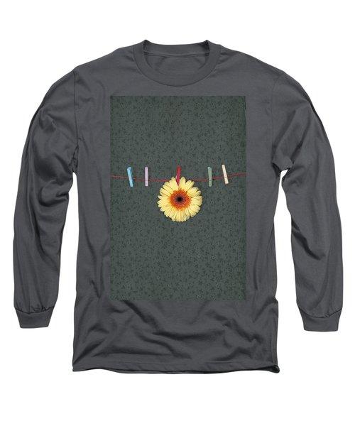 Gerbera Long Sleeve T-Shirt