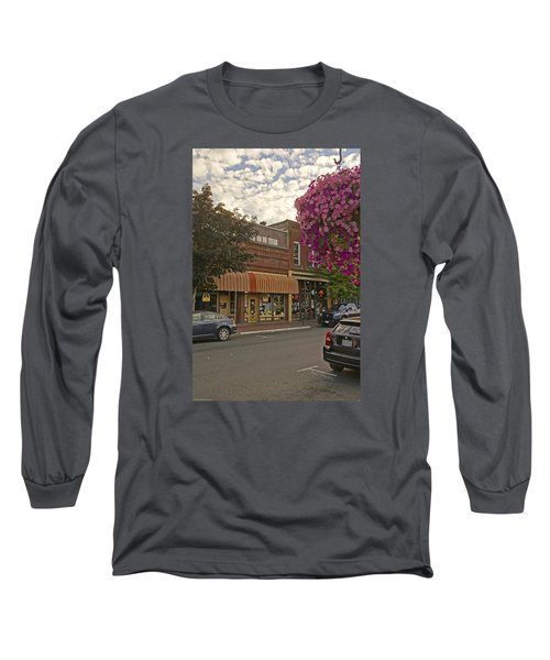 Blind Georges And Laughing Clam On G Street In Grants Pass Long Sleeve T-Shirt by Mick Anderson