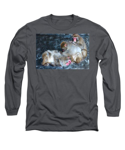 Long Sleeve T-Shirt featuring the photograph Free Buffet And Grooming by Sarah McKoy
