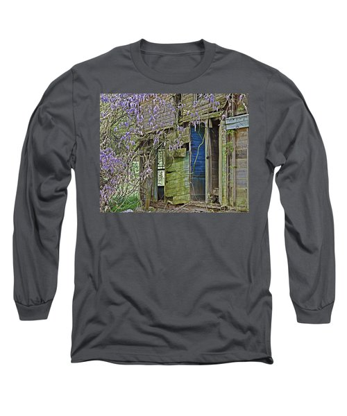 Old Abandoned House Long Sleeve T-Shirt