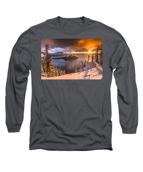 Starburst Sunrise At Crater Lake Long Sleeve T-Shirt