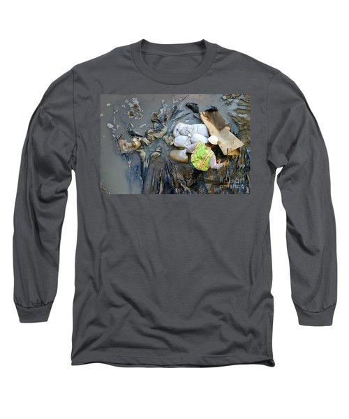 Working The Mud Long Sleeve T-Shirt by Henrik Lehnerer