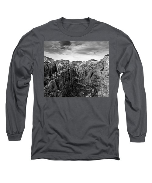Zion National Park - View From Angels Landing Long Sleeve T-Shirt