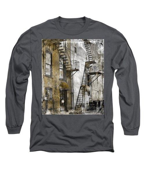 Alleyway In Portland, Me Long Sleeve T-Shirt